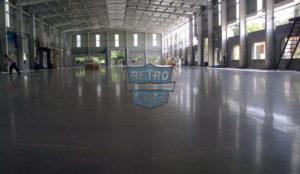 szlifowana posadzka betonowa z impregnacją Retro Plate, wykonawca: JB Associates, pow.: 3400 m2, zdj.: RetroPlate India